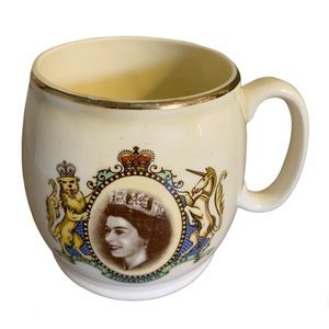 Kirkham's Ltd. Vintage Queen Elizabeth Mug